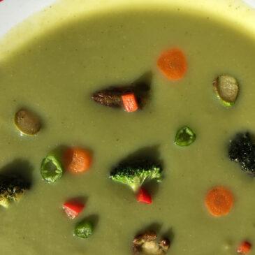 Supă cremă de broccoli şi sparanghel
